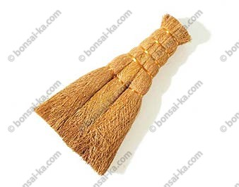 Brosse japonaise plate en fibres végetales modèle pro 12cm